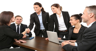 Improve performance and productivity by team and group coaching